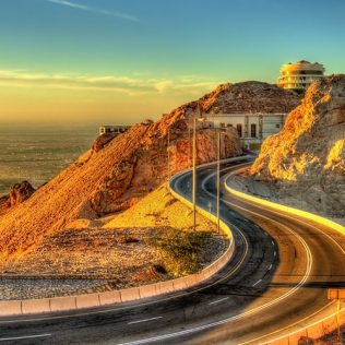 6 BEST ROADS FOR DRIVING IN THE UAE
