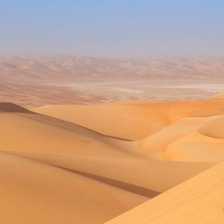 HEAD TO LIWA IN YOUR CAR RENTAL FOR A PERFECT WEEKEND GETAWAY