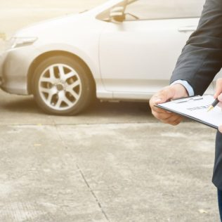 THE BENEFITS OF CAR RENTAL INSURANCE